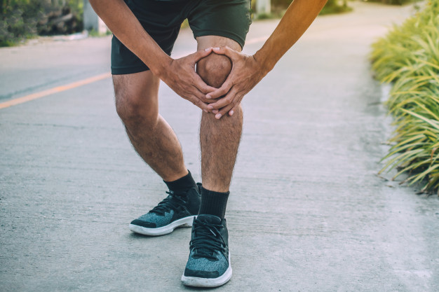 How I Cured My Runner's Knee Pain