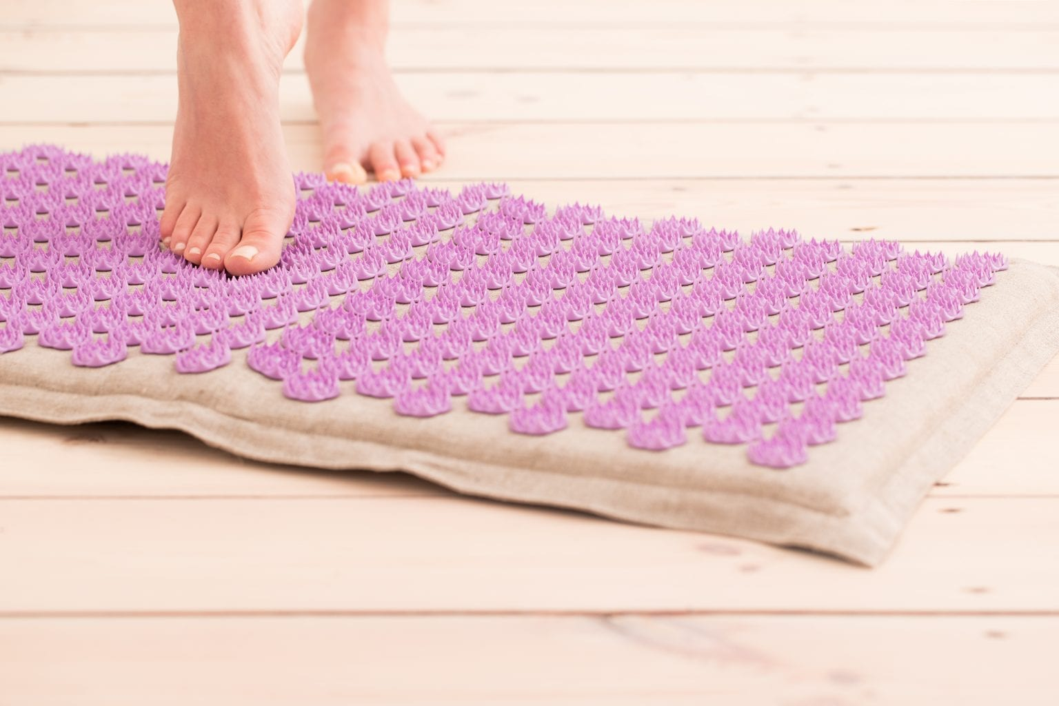 Best Acupressure Mats in UK 2021 - Reviews and Buying Guide